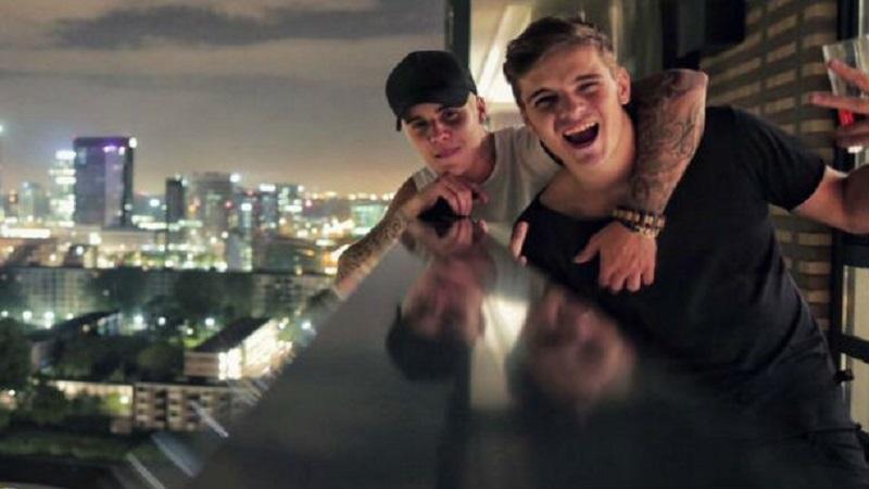 Photo of Martin Garrix y Justin Bieber, pillados en un 'coffee shop'