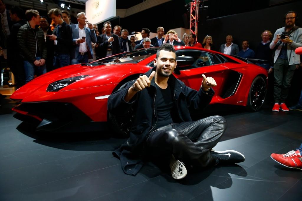 afrojack-lamborghini-aventador-EDMred-1024x683 Afrojack compra un Bugatti de más de 2 millones de euros