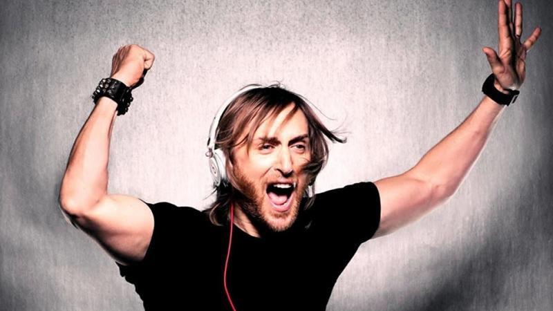 Photo of Este verano vuelve David Guetta a Benidorm