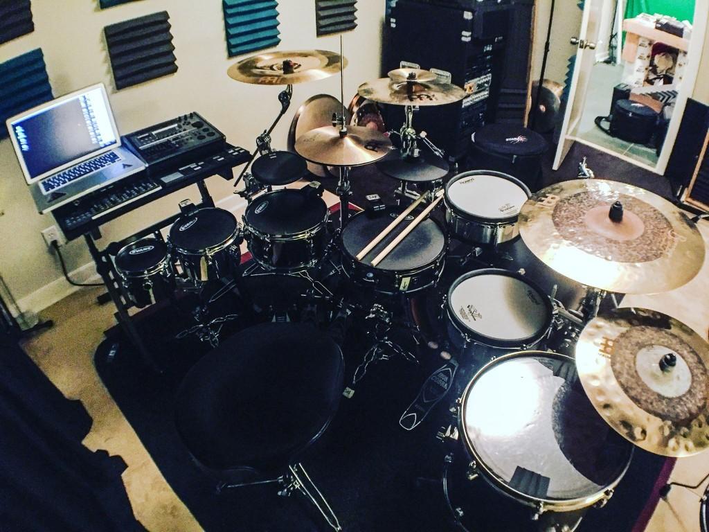 pendulum-drums-2 KJ Sawka nos da un pequeño avance del nuevo Live Show de Pendulum