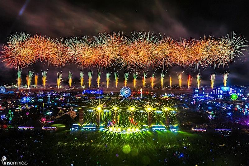 edclv2016_0618_012935-6557_agp El Mainstage de EDC Las Vegas ha costado 3 millones de dólares