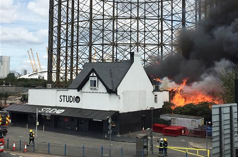 incendio-studio-338-2-EDMred El club Studio 338 devorado por las llamas