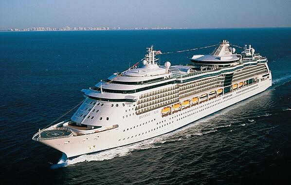 Shipsomnia-el-barco-EDMred Puerto de salida para Shipsomnia en Barcelona para 2017