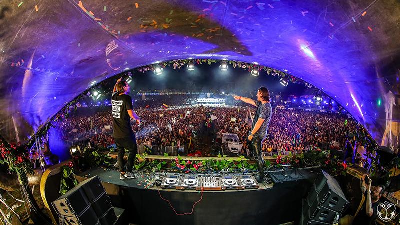 Axwell-Ingrosso-Tomorrowland-EDMred Dos fines de semana para Tomorrowland los próximos 15 años
