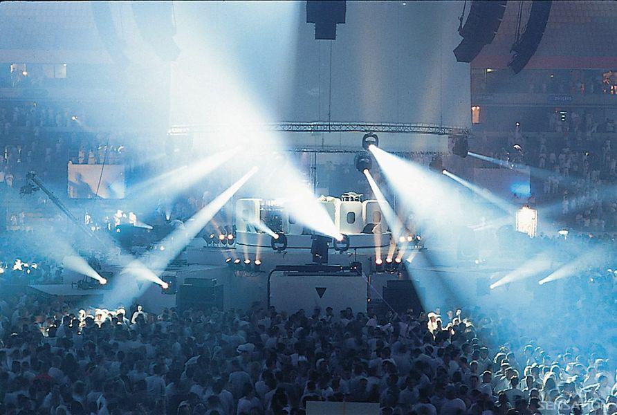2001 Sensation Amsterdam dice adiós para siempre