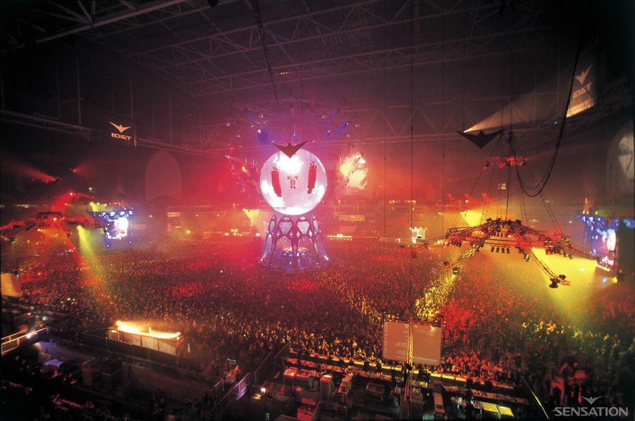 2002 Sensation Amsterdam dice adiós para siempre