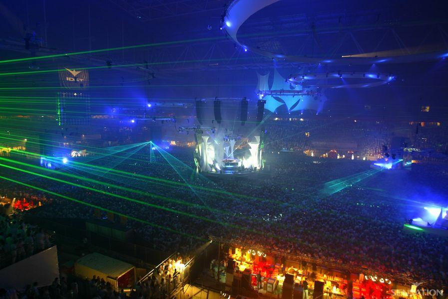 2003 Sensation Amsterdam dice adiós para siempre