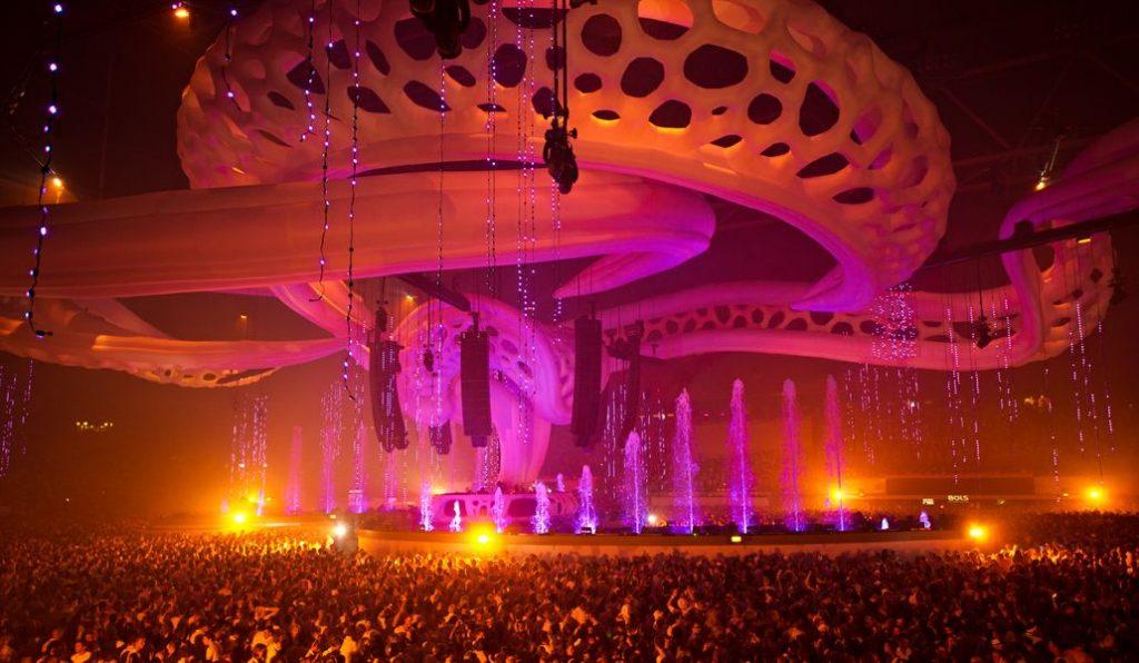 2013-1024x596 Sensation Amsterdam dice adiós para siempre