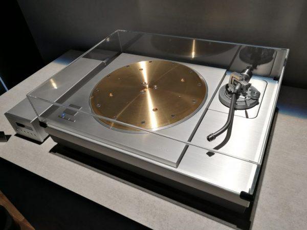 Technics-SL-1000R-3-600x450 Technics crea un tocadiscos de 20.000 dólares