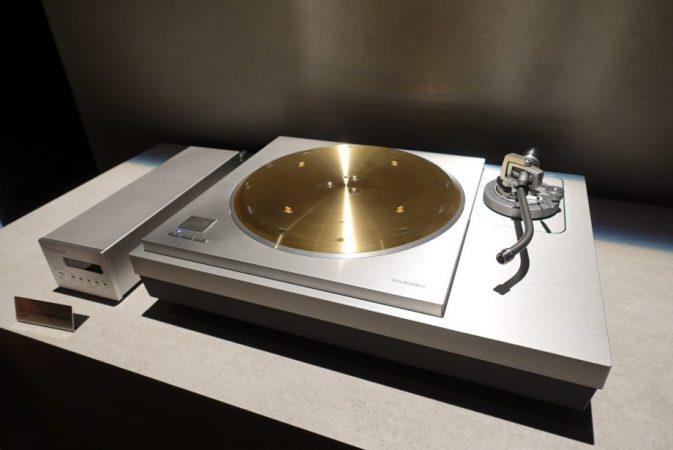 Technics-SL-1000R-4-673x450 Technics crea un tocadiscos de 20.000 dólares