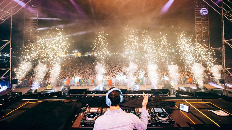 Photo of Tiësto Live en Red Rocks, este jueves