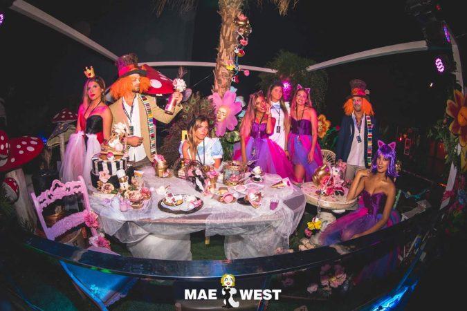 Alicia-EDMred-675x450 CRÓNICA   Mae West Granada no decepciona con su popular fiesta 'Staff Night'