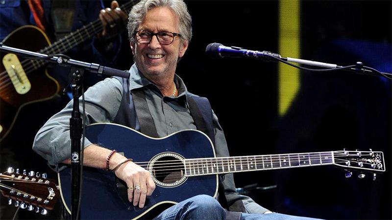 Photo of Eric Clapton lanza Jingle Bells en memoria de Avicii