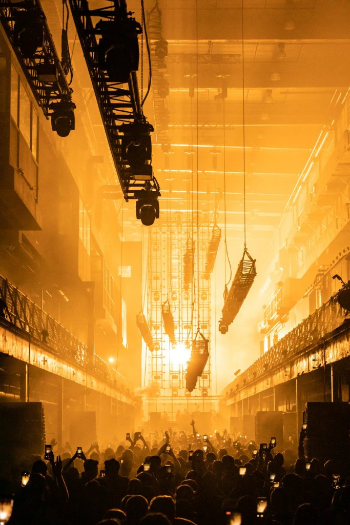 71739866_1525460667593139_653049511068827648_o-683x1024 [CRÓNICA] Printworks London Opening Party, techno y Nicole Moudaber