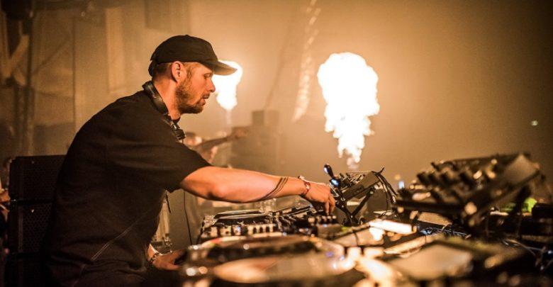 Photo of Adam Beyer en la opening party de Amnesia