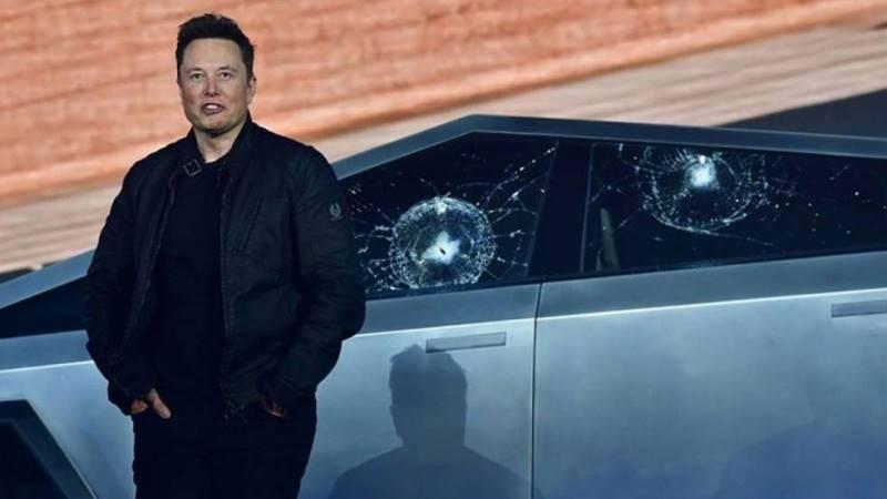 Elon Musk de Tesla en EDMred