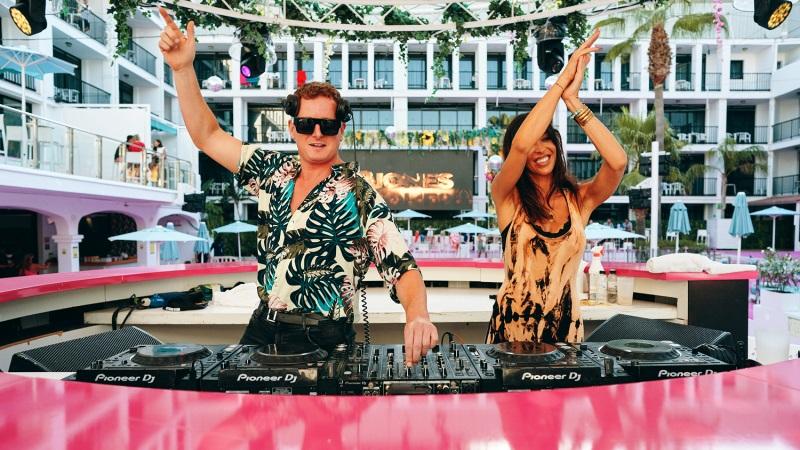 Bjones-y-Kryder-en-BeatMix B Jones, Kryder y Spinnin' con la cultura de baile de Ibiza